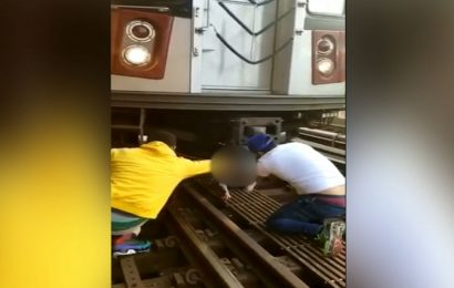 Good Samaritans honored for rescuing girl after dad jumped in front of subway