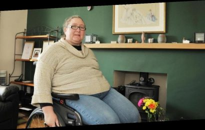 Mum left in agony after twisting her ankle begs doctors to amputate her foot