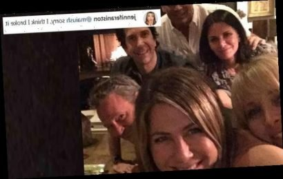 Jennifer Aniston BREAKS the internet as she joins Instagram