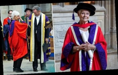 Alan Titchmarsh gives an emotional Judi Dench an honorary doctorate