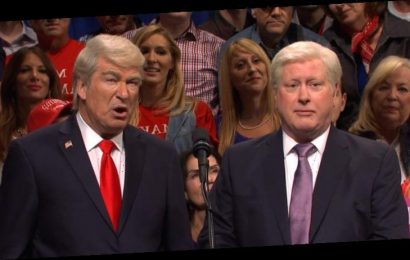 Darrell Hammond Returns as President Clinton for 'Saturday Night Live' Cold Open – Watch!