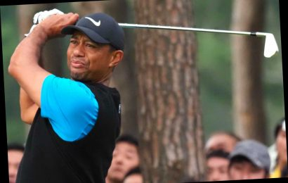 Tiger Woods extends lead at Zozo Championship in Japan