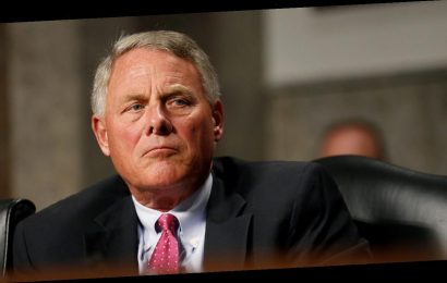 Sen. Richard Burr vows to tax scholarships for student-athletes who profit from likeness
