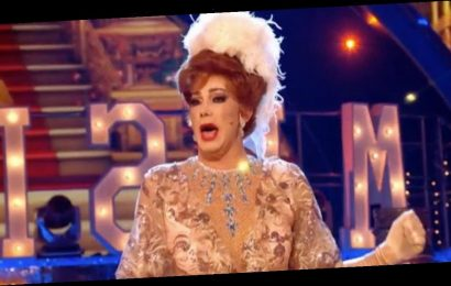 Strictly fans wowed by Craig's drag opening number but confused by outfit change