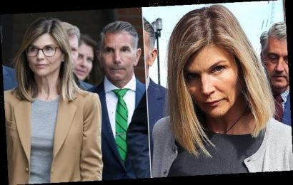Lori Loughlin 'considered entering a guilty plea over new charge'