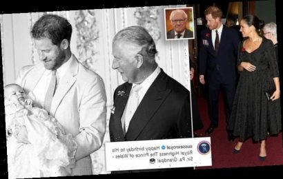 Queen's former spokesman says Harry must heal rift with William