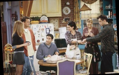 A Complete List of All the 'Friends' Thanksgiving Episodes
