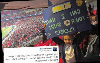 Chelsea star Mason Mount vows to give young England fan his shirt after kid held up banner at Wembley – The Sun