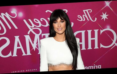 Kacey Musgraves' Sculpted Abs Just Stole the Show At Her New York Movie Screening