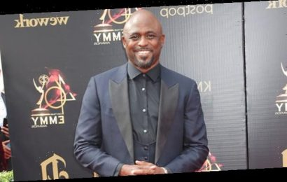 Wayne Brady Dishes On 'Black Lightning' & His 'Disgruntled' Character Gravedigger