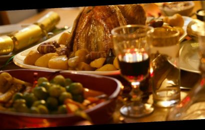 Health expert warns when it's time to throw away Christmas dinner leftovers