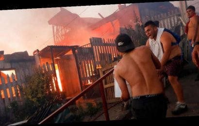 Massive fire destroys 150 homes in seaside Chilean town