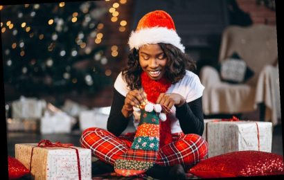 Your Christmas 2019 Horoscope Is Here & It's Full Of Surprises