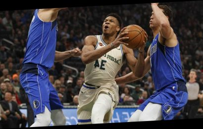 Los Angeles Lakers at Milwaukee Bucks odds, line, picks and best bets