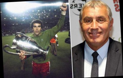 England legend Peter Shilton, 70, reveals 45-YEAR battle with gambling addiction in which he'd place wagers until 3am – The Sun