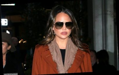 Chrissy Teigen Credits Bone Broth for Aiding Recovery From Post-Partum Depression