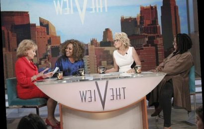 'The View:' Jenny McCarthy Recalled A 'War' Between Two Co-Hosts When She Was On The Show