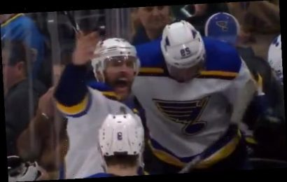 Blues defenseman Bouwmeester collapses with heart problem during game