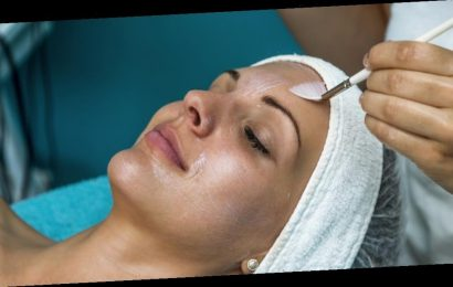 What happens to your skin during a chemical peel?