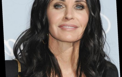 Courteney Cox on Friends: we'll get together for the first time to talk about the show