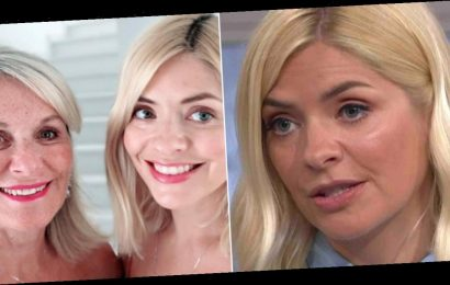 Holly Willoughby fears her 72 year old mum will catch coronavirus as she asks for advice live on air