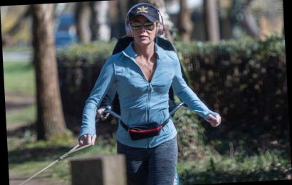 Amanda Holden goes for daily exercise trip with daughter amid coronavirus lockdown – The Sun
