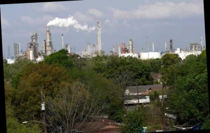 Texas residents say Trump environmental rollbacks 'basically killing them' in petrochemical corridor – The Sun
