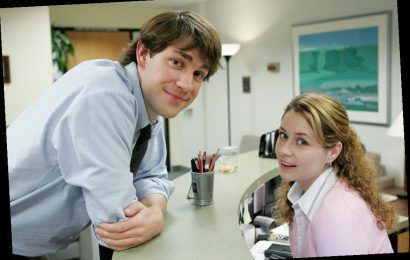 Jenna Fischer's Real Life Husband Hilariously Guest Starred in 'The Office'