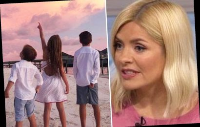 Holly Willoughby admits lying to her children by not telling them it's the Easter Holiday so they stay in home-schooling – The Sun