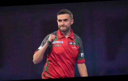 PDC Home Tour: Jamie Lewis wins group by edging out Peter Wright, Niels Zonneveld and Peter Jacques