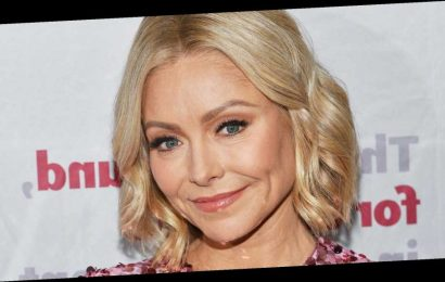 Kelly Ripa Says She Deserves a Makeup Emmy for Hiding Her Stye