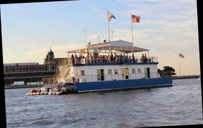 Floating bar the Honorable William Wall set to reopen in June