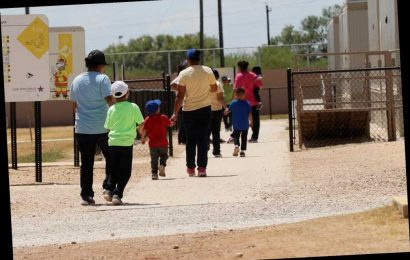US must free migrant children from family detention amid coronavirus, judge says
