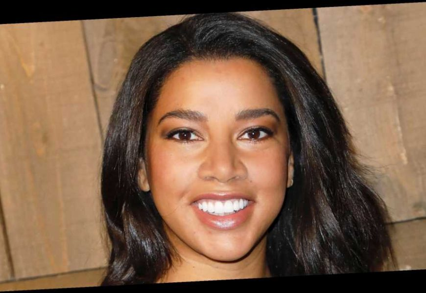 Influencer Hannah Bronfman on Why She Loves Her Natural Hair