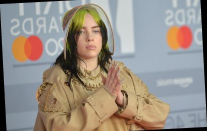 Billie Eilish Unfollowed Everyone On Instagram & Fans Think They Know Why