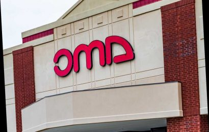 AMC Theaters Reverses Mask Policy, Will Now Require Guests to Cover Up
