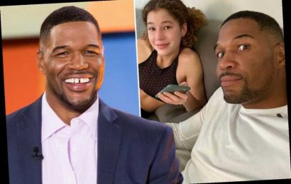 Michael Strahan gives daughter Sophia, 15, 'side eye' as teen texts boyfriend after his popular talk show canceled – The Sun
