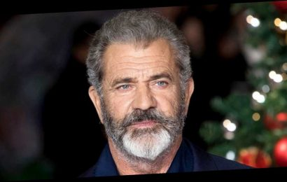 Mel Gibson 'Spent a Week in the Hospital' With Coronavirus in April