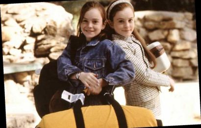 Lindsay Lohan Reveals Her Parents' Divorce Made It 'Easier' to Play Twins in The Parent Trap