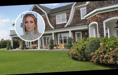 Eight Celebrities with Homes in the Hamptons