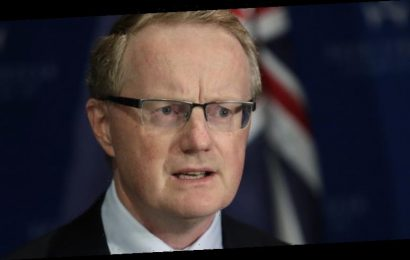 Victorian outbreak hits recovery as RBA says rates steady for three years