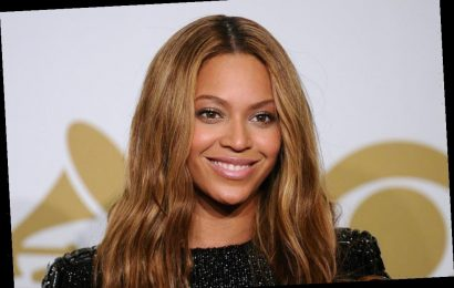 Beyoncé's Clever Anti-Aging Trick Uses 1 Product in a Whole New Way
