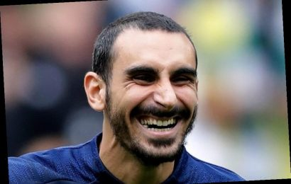 Chelsea outcast Davide Zappacosta wanted by Fiorentina in season-long loan transfer 'as talks with agent begin'