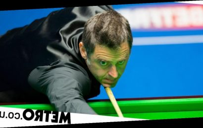 O'Sullivan surges past Ding into World Snooker Championship quarter-final