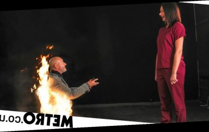 Stuntman proposes to his girlfriend while on fire