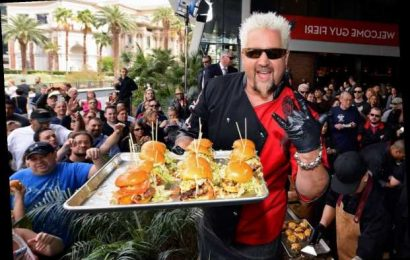 The Guy Fieri Catchphrase Food Network Fans Can't Stand Hearing