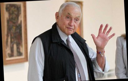 Les Wexner agrees to give written deposition in Epstein-related case