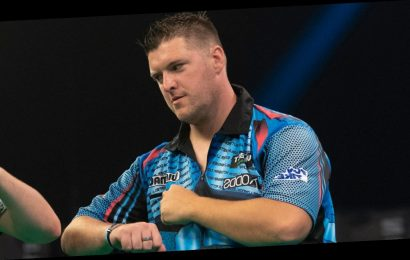Premier League Darts 2020: Daryl Gurney beats Chris Dobey as Michael van Gerwen picks up crucial win