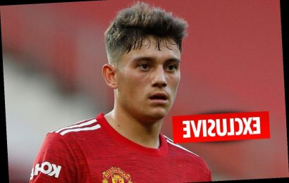 Man Utd willing to allow Daniel James to leave on loan transfer to Leeds…but only if Jadon Sancho signs from Dortmund