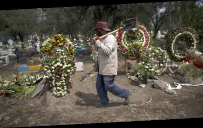 Mexico says 122,765 extra people have died during pandemic